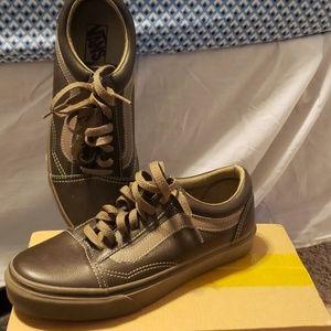 Leather old skool vans shoes